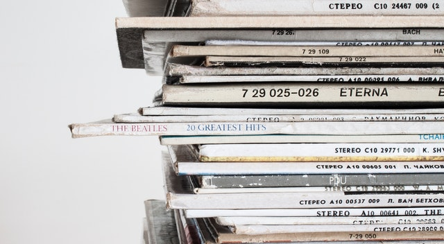 Vinyl records stored horizontally – an example of how not to store vinyl